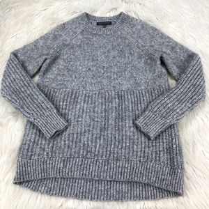 Banana Republic Mixed Knit Pull Over Sweater